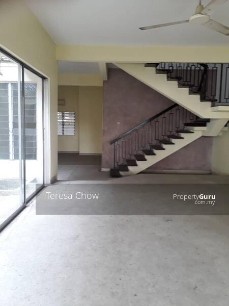 4r3b Double Storey link house at Damansara with proximity to amenities #164856523
