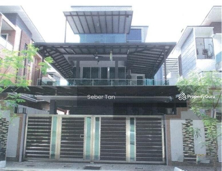 14/7 BANK LELONG No. 21, Jalan Dutamas 8, La Ville, Taman Dutamas, 43200 Balakong, Selangor #164858937