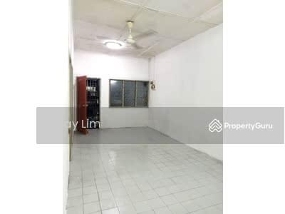 For Rent - Taman Johor Jaya Single Storey House