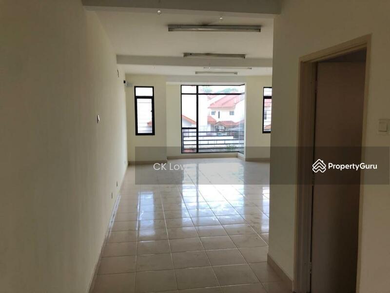 Villa 33 @ Bukit Manda'rina #165001461
