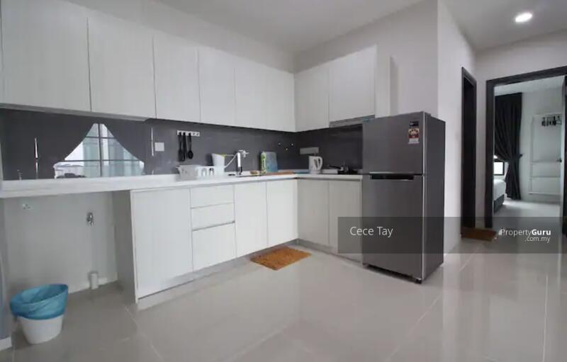 [Up to 3 Types READY TENANTS] 0% Downpayment Freehold invest condo | Beside Uni + Airbnb #165010457