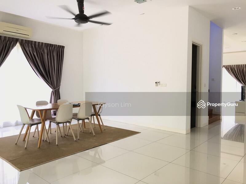 Corner Semi-Detached House for RENT #167082155