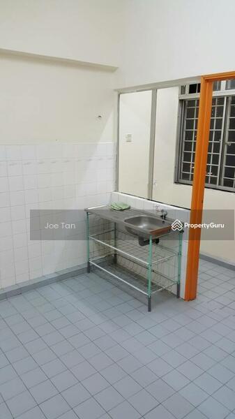 Teratai Mewah Apartment Block 42 #165033985