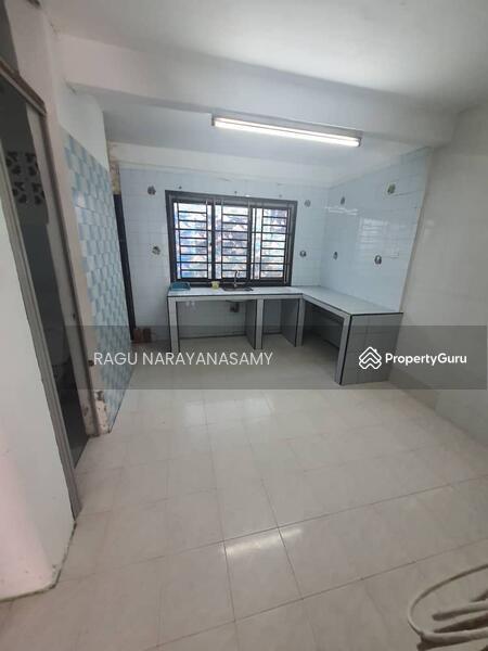 Taman Johor Jaya Jalan Seroja #165273989
