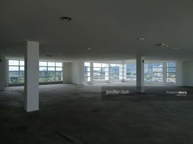 5 storey office building c/w 2 lifts and basement carpark #165062571