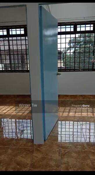 Taman Perling Jalan Camar Low Cost Flat Renovation Good Condition for sale #165105357
