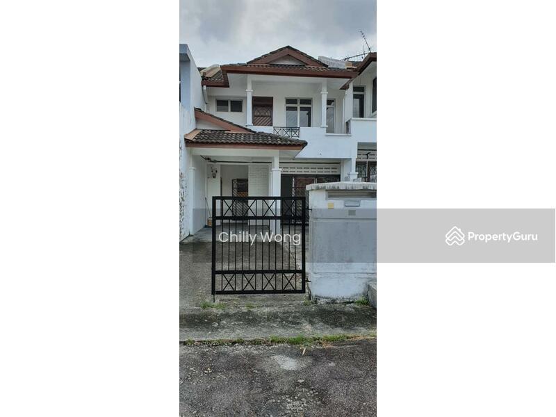 Bandar Permas Jaya #165275945
