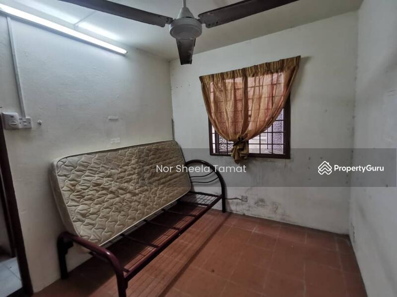 Apartment Bayu Damansara Damai _ Level 2, Built in Kitchen Cabinet #165281705