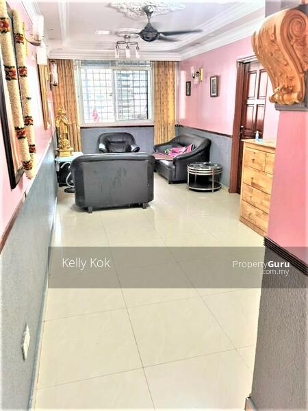 Apartment Abdullah Hukum #165573779