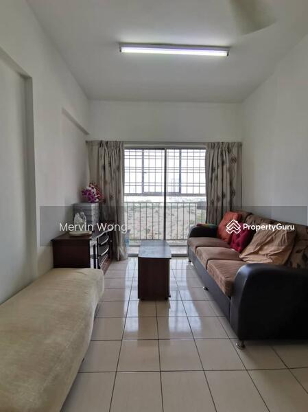 Puncak Desa Apartment #165807881