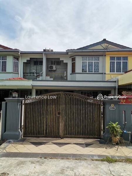 Jalan Semarak Bandar Bukit Beruntung #166296587