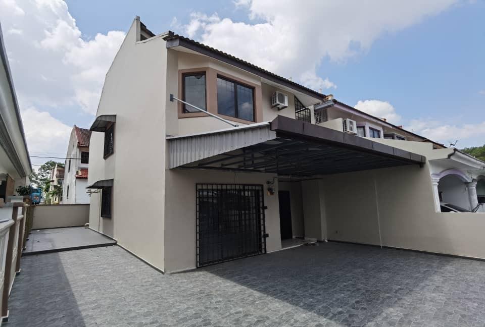For Sale - Taman Mount Austin Jalan Mutiara Emas 2 Double Storey Endlot 32x70 Gated