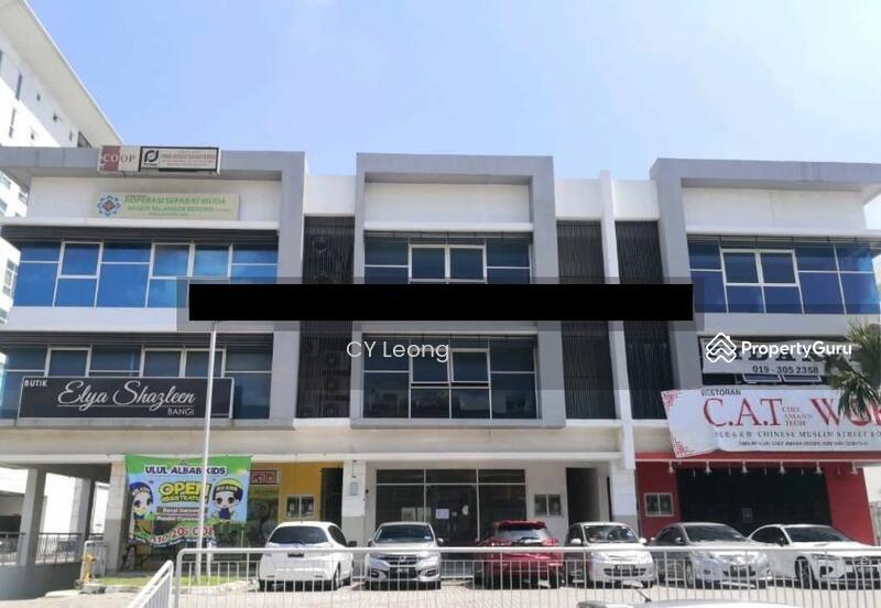 19/8/21 Bank Lelong Nos. D-8-G & D-8-1 & D-8-2, Bangi Gateway, Seksyen 15, 43650 Bandar Baru Bangi #166384511