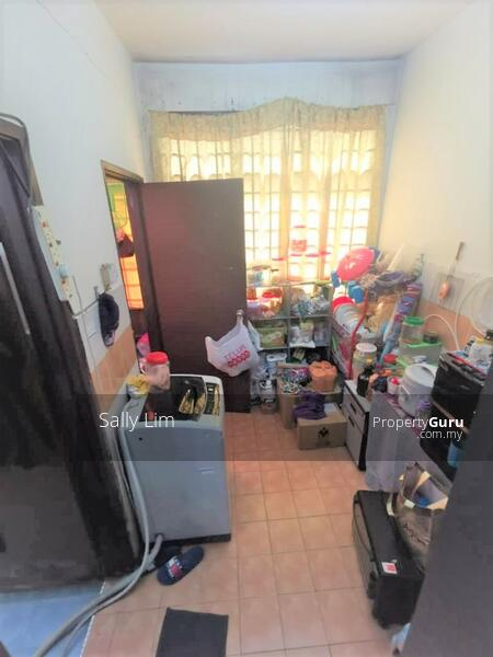 Taman Bestari Indah Double Storey Medium Cost House #166893365