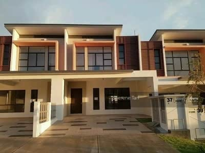 For Sale - [HOT] 24 x 85 FreeHold Double Storey Garden Suits Terrace House 0%D/P Ampang