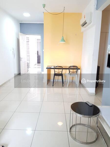 Seasons Luxury Apartments @ Amara Larkin #166548147