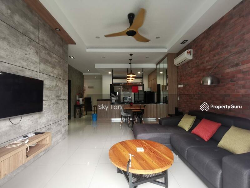 Taman Mount Austin Palazio Apartment Renovated Furnished Cheap 1097sqft #166965181