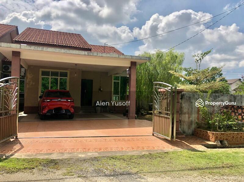 Semi D Setingkat Taman Seroja Binjal,Kemaman,Pahang #167104735