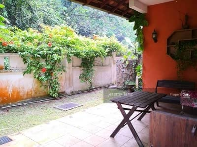For Sale - Gated and Guarded 2. 5 Storey Semi D in Taman Rimba Riang Section 9