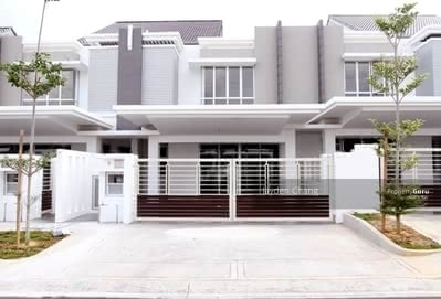 For Sale - PUCHONG [ INSTALLMENT RM2200 ] 0%DP 22X80 2 Storey Freehold [ CASHBACK 20K ]