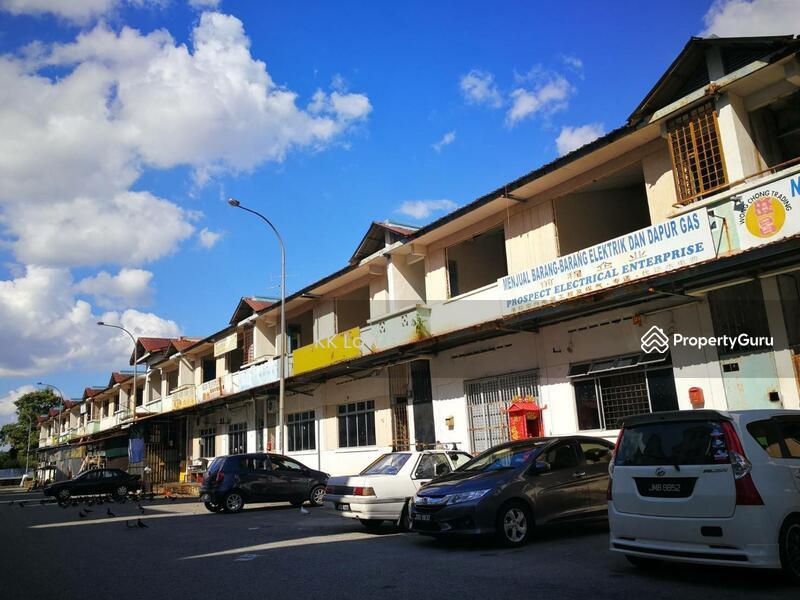 Bandar Baru Kangkar Pulai Single Storey Low Cost Shop with ROI > 5% #167423035