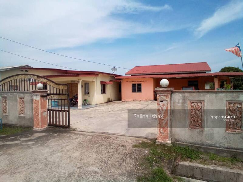 BEBAS BANJIR !!! 2 Buah Rumah,Kampung Paya Berenjut, Kemaman. #167451219