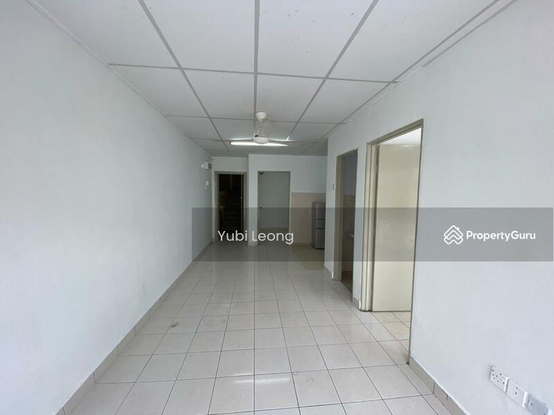 Suria Apartment @ Damansara Damai #167509333