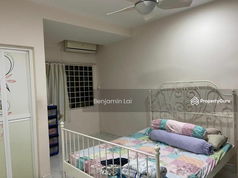 section 4 , kota damansara #167566577