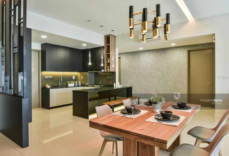 HOC Promotion 0% Downpayment [RENO & FURNISHED] Freehold Cheras Condominium LOW DENSITY #168153149