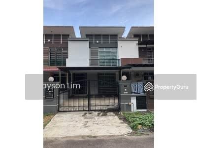 For Rent - Seri Austin Double Storey Terrace House