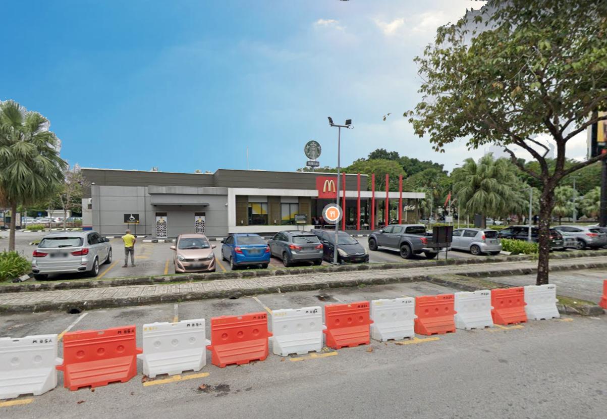 For Sale - Lagoon Suites Condominium, Kota Kemuning