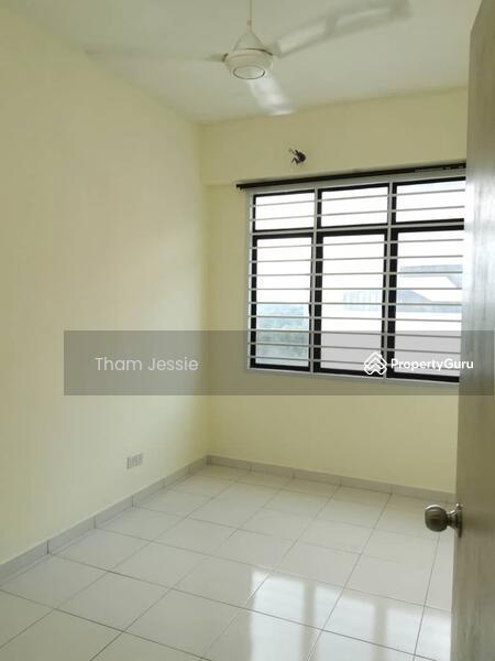 Jentayu Residency #168152789