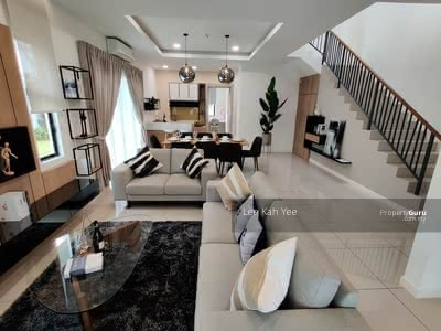 For Sale - Lake Ville Link Home @Cyber 10