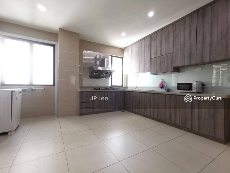 The Straits View Condominium #168567937