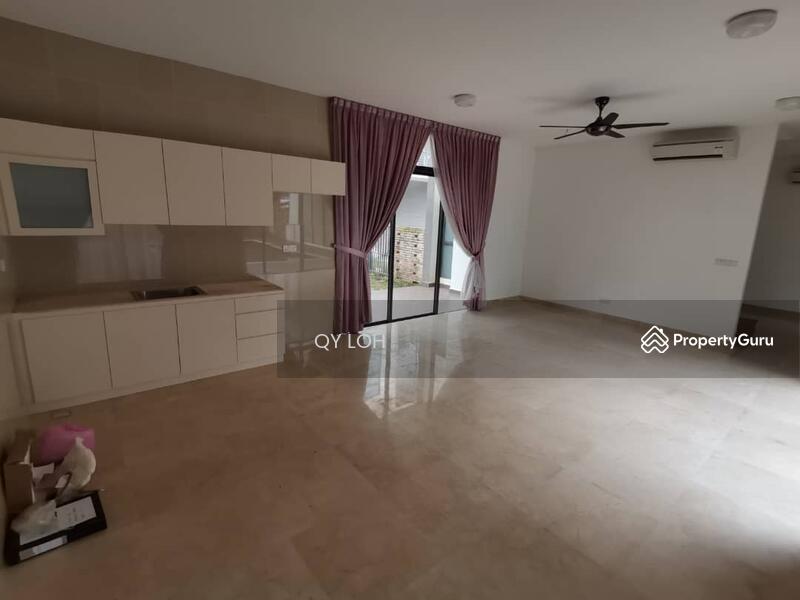 Noble Park Grand Pool Villas East Ledang #168643155