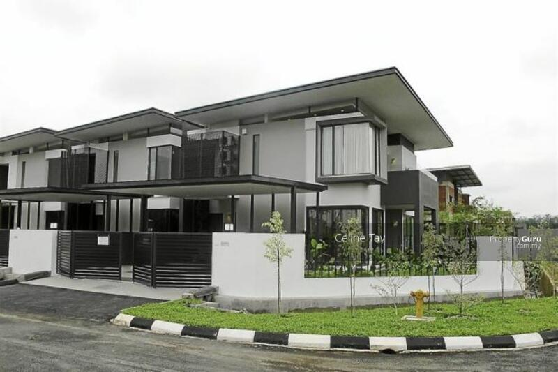 Damansara Double Storey Freehold! Monthly Instalment RM1800!! Gated and Guarded!! #168662859