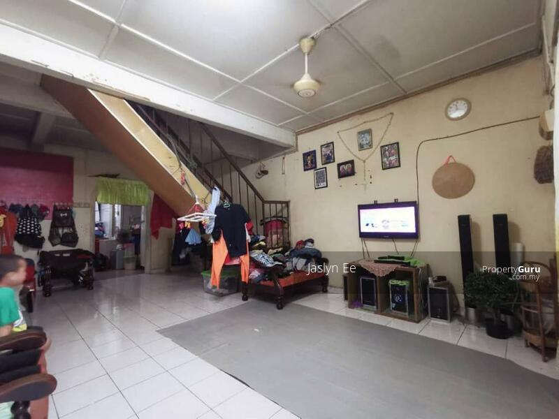 Jalan Pemata, Ulu Tiram ,Johor Bahru #168718911