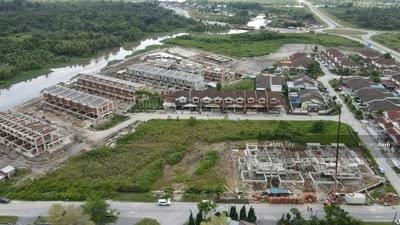 For Sale - 17. 5 Points Detached Land at Stapok Height Kuching