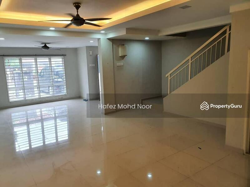 Renovate Cantik Cat Baru Bandar Saujana Putra SP4 #168983607