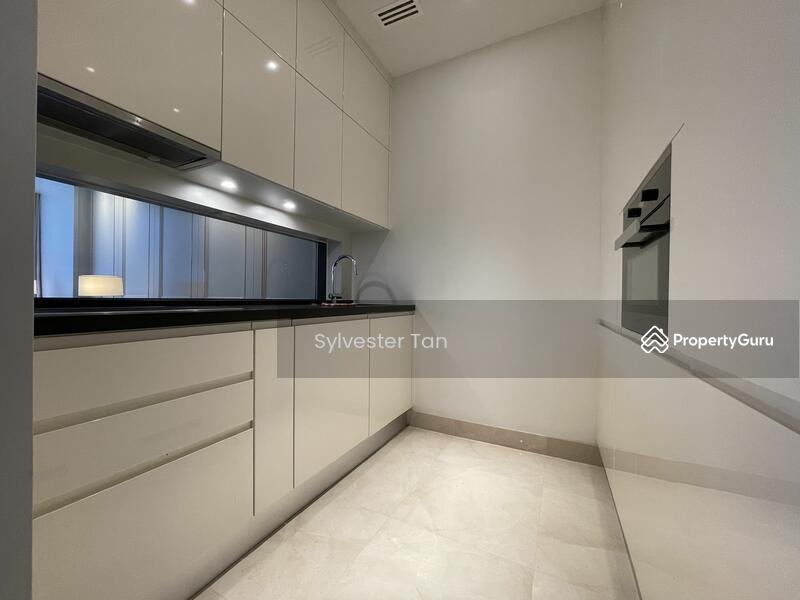 Pavilion Suites #168989271