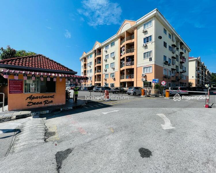 Apartment Desa Ria #169077461