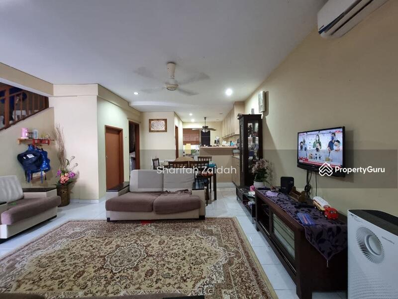 Bandar Saujana Putra #169082825