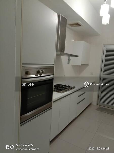 Solaris Dutamas Designer Suites #169328777