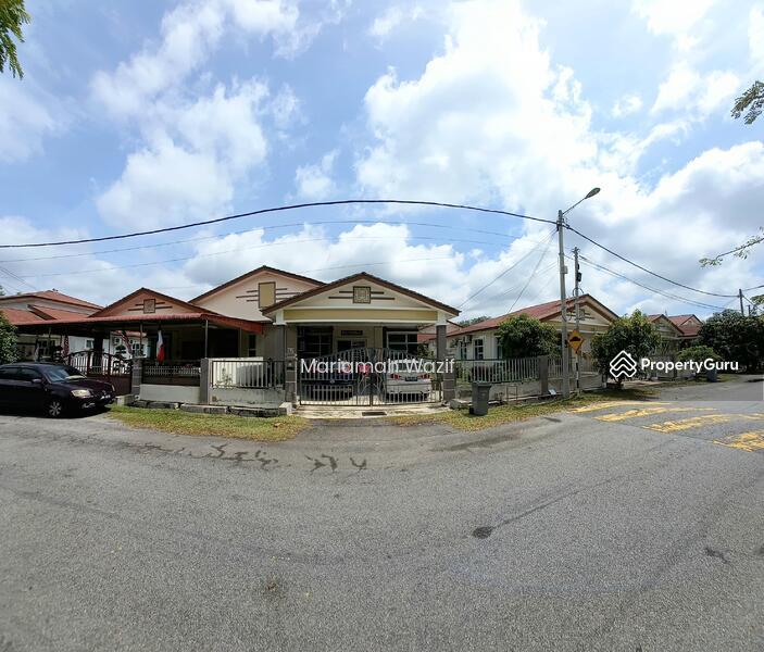Jalan Lesung Batu Alor Gajah Melaka #169355577