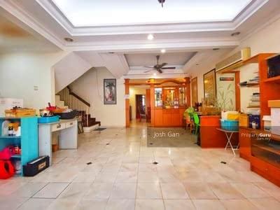 For Sale - Tenanted double storey link in Bandar Utama 4