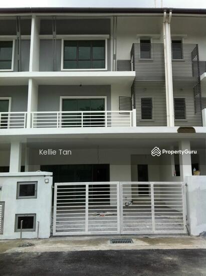 Three storey terrace in sentul sentul kuala lumpur 5 for 3 storey terrace house