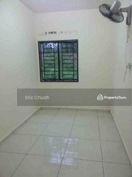 Single Storey Low Cost House Taman Universiti Skudai Jalan Kebangsaan Johor 2 Bedrooms Terraces Link Houses For Rent By Eric Chuah
